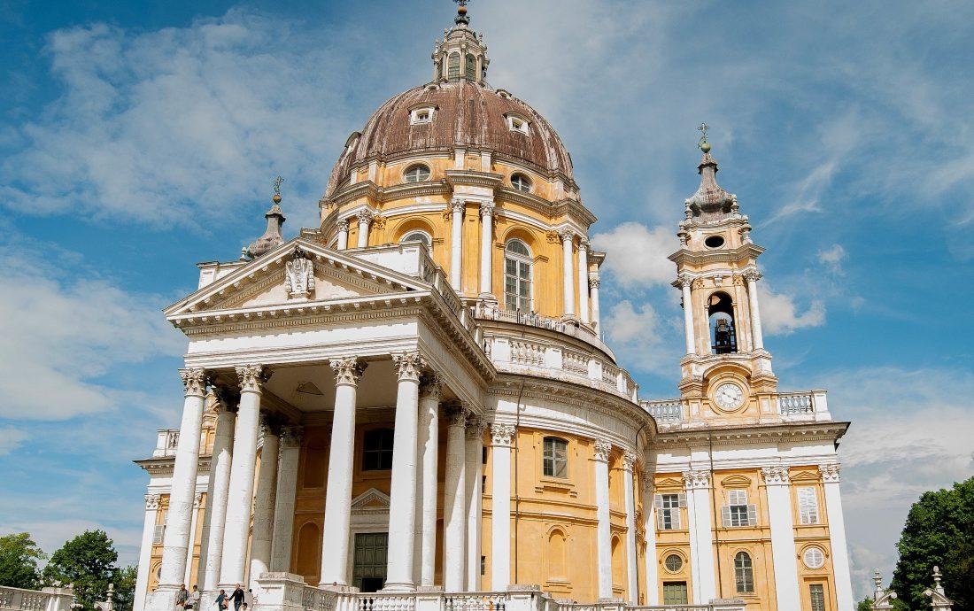 2560px-Basilica_di_superga